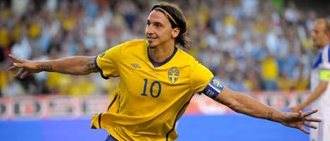 Zlatan bjöd på stor fotbolls-show. Han gjorde tre mål och passade fram till ett. Foto: Janerik Henriksson/Scanpix