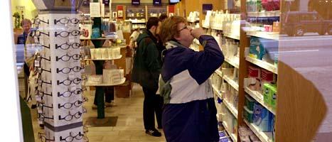 Många kunder är missnöjda med att flera företag fått öppna apotek. Foto: Leif R Jansson/Scanpix