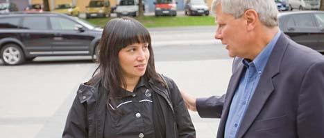 Rosanna Dinamarca tillsammans med Vänsterpartiets ledare Lars Ohly. Foto: Sebastian Lamotte/Scanpix