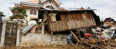 Stormen har slagit hårt åt människorna i södra Filippinerna. FOTO: Bullit Marquez/SCANPIX