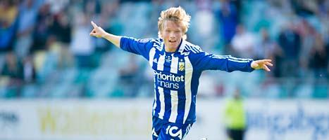 19-årige Nicklas blir fotbollsproffs i Portugal.