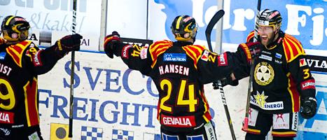 Brynäs vann den avgörande matchen mot Färjestad. Foto: Claudio Bresciani/Scanpix.