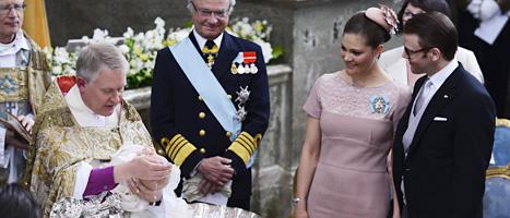 Prinsessan Estelle döptes av ärkebiskop Anders Wejryd. Foto: Scanpix