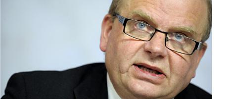 Jordbruksministern tycker att Sverige kan hugga ner fler träd. Foto: Scanpix