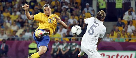 Zlatan Ibrahimovic gjorde det snyggaste målet hittills i fotbolls-EM. Foto: Scanpix.