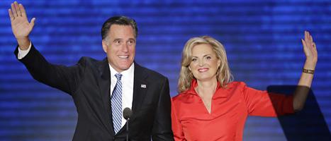 Republikanernas presidentkandidat tillsammans med sin fru Ann. Foto: J Scott Appelwhite/Scanpix.