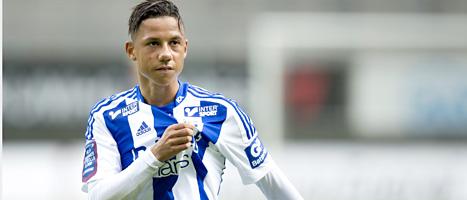 Ajax-spelaren Tobias Sana får chansen i landslaget. Foto: Björn Larsson Rosvall/Scanpix.