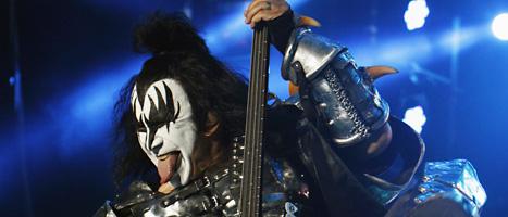 Gene Simmons i Kiss under en spelning i Mexiko för ett par veckor sedan. Foto: Marco Ugarte/Scanpix