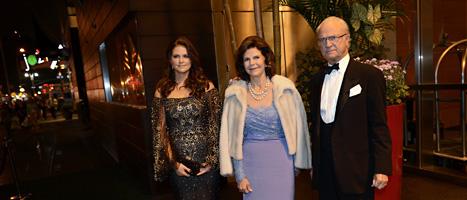 Kungen och hans familj får mycket pengar av svenska folket varje år. Foto: Jessica Gow/Scanpix