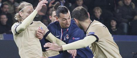 Zlatan spelade fram till fyra mål i PSGs match mot Zagreb i Champions League i fotboll. Foto: Jacques Brinon/Scanpix.