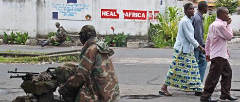 Soldater från rebellgruppen M23 har tagit makten i staden Goma. Foto: Melanie Gouby/AP/Scanpix.