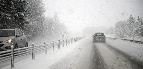 Snön vräkte ner över stora delar av Sverige under helgen. Foto: Björn Larsson Rosvall/Scanpix.