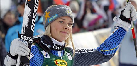 Frida Hansdotter firar andraplatsen i slalom. Foto: Pier Marco Tacca/Scanpix.