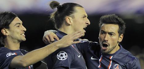 Zlatan får möta sina gamla klubbkompisar i Barcelona igen.  PSG möter Barcelona i kvartsfinalen i Champions League. Foto: Fernando Hernandez/Scanpix.