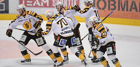 Skellefteåa är klar för semifinal efter fyra segrar i rad mot Brynäs. Foto: Fredrik Sandberg/Scanpix.