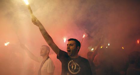 Människor i Turkiet fortsätter att protestera mot regeringen. Foto: Kostas Tsironis/Scanpix.