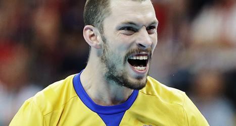 Fredrik Petersen gjorde nio mål när Sverige vann mot Ukraina. Foto: Matthias Schrader/Scanpix.