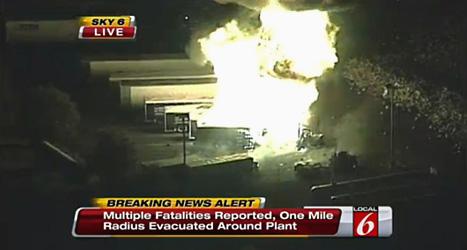 Gasfabriken i Florida brann i flera timmar. Foto:WKMG/Scanpix.