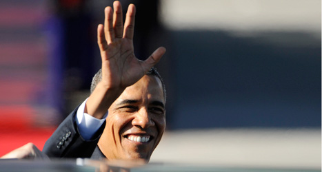 President Barack Obama vinkade glatt när han landat i Stockholm. Foto: Erik Mårtensson/ Scanpix