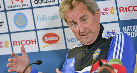 Sveriges lagledare Erik Hamrén är säker på att Sverige vinner mot Irland i kväll. Foto: Jonas Ekströmer/Scanpix.