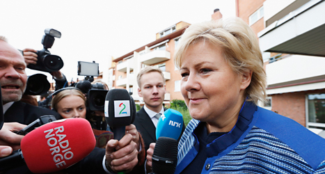 Höyres ledare Erna Solberg är glad efter valsegern i Norge. Foto: Lise Åserud /Scanpix.