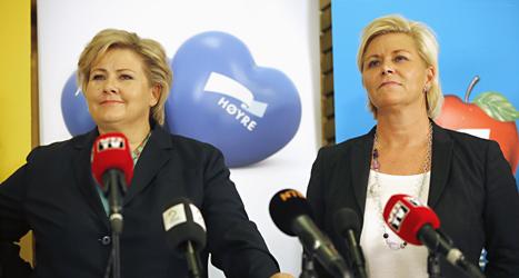 Höyres ledare Erna Solberg och Fremskrittspartiets ledare Siv Jensen. Foto: Lise Åserud/Scanpix.