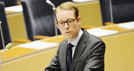 Tobias Billström är regeringen migrationsminister. Nu ska hans aktieaffärer undersökas. Foto: Henrik Montgomery/Scanpix.