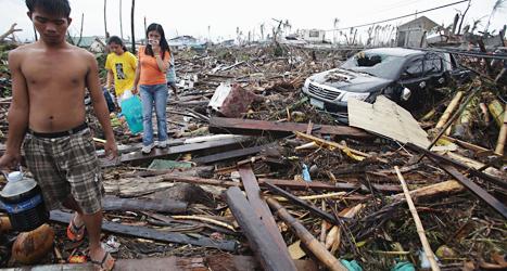 Staden Tacloban förstördes helt av ovädret. Minst 10 tusen människor i staden dog. Foto: Aaron Favila/TT.