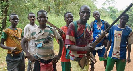En av de kristna grupper som är med i striderna i Centralafrikanska republiken. Foto: Jerome Delay/TT