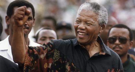 Nelson Mandela är stor frihetshjälte i landet Sydafrika. Foto: Jerry Holt/TT.