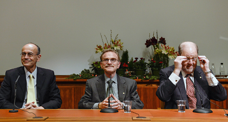 I kväll får de sina priser. Nobelpristagarna på bilden är Thomas C Südhof, Randy W Schekman och James E Rothman.  De delar på priset i medicin.