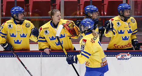 Damkronorna skea spela i OS för Sverige. Foto: Mike Groll/TT.