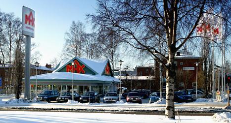 Folk är arga på chefen för restaurangkedjan Max. Foto: Pontus Lundahl/TT.