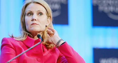 Helle Thorning-Schmidt kan fortsätat som statsminister i Danmark. Men hennes regering blir svagare. Foto: Laurent Gillieron /TT