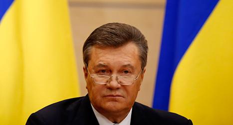 Viktor Janukovitj på pressmötet i den ryska staden Rostov, nära gränsen till Ukraina. Pavel Galovkin / AP /TT