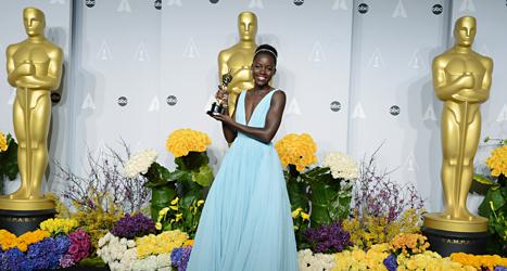 Lupita Nyong'o fick pris för bästa biroll i filmen 12 Years a Slave. Foto: Jordan Strauss/TT.