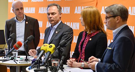 Partiledarna i Alliansen vill ge mer pengar till skolorna. Foto: Anders Wiklund/TT.