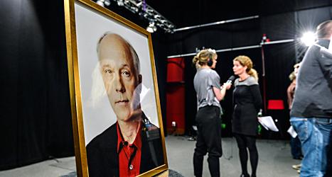 Många sörjer Sveriges radios journalist Nils Horner.  Foto: Anders Wiklund/TT.