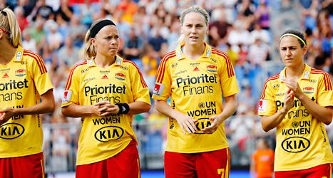 Tyresö får fortsätta att spela fotboll. Klubben får mer tid på sig att betala sina skulder. Foto: Christine Olsson /TT