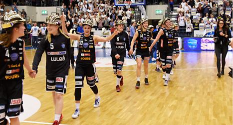 Northlands damer vann SM-guldet i basket. Foto: Bror Persson/ TT