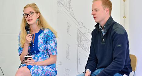 Linda Nordlund från Folkpartiets ungdomsförbund och Gustav Kasselstrand från Sverigedemokraternas ungdomsförbund. Foto: Henrik Montgomery/TT