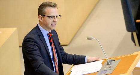 Mikael Damberg pratade för Socialdemokraterna i stället för partiets ledare Stefan Löfven. Foto: TT