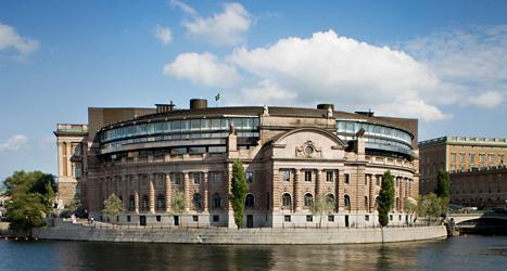 Alla partier vill vinna valet och få makt i riksdagen. Foto: Melker Dahlstrand