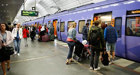 Förarna på företaget Veolias tåg strejkar. Foto: Drago Prulovic/TT.