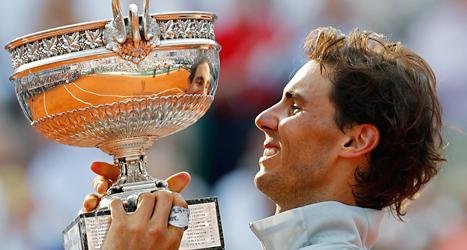 Rafael Nadal vann för nionde gången. Foto: Darko Vojinovic/TT.