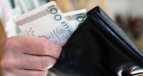 Hur ska jag få mer pengar i lön? Den frågan skickade Erik Carlsson till politikerna. Foto: TT