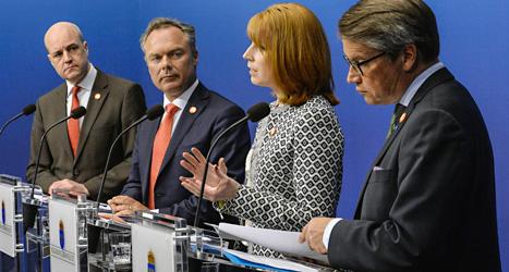 Fredrik Reinfeldt, Jan Björklund, Annie Lööf och Göran Hägglund är ledare för de fyra partierna i regeringen. Foto: TT