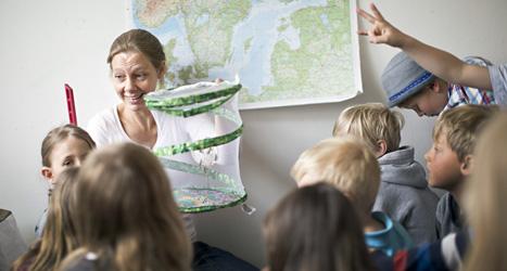 Läraren Maria Havsol har 22 barn i sin klass. Hon tycker att det är för mycket. Foto: TT