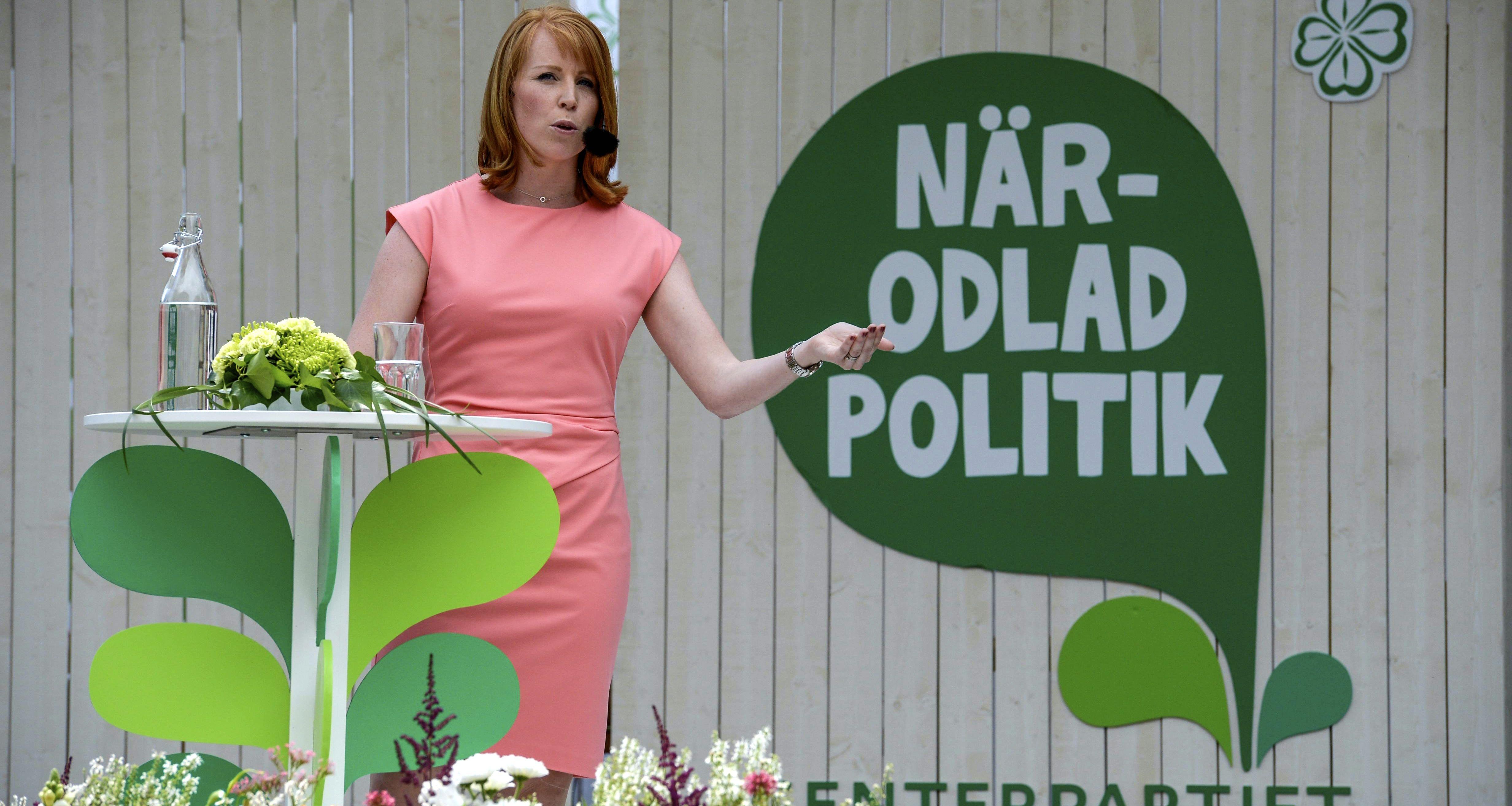 Centerpartiets ledare Annie Lööf pratade om politik i Almedalen. Foto: Janerik Henriksson /TT