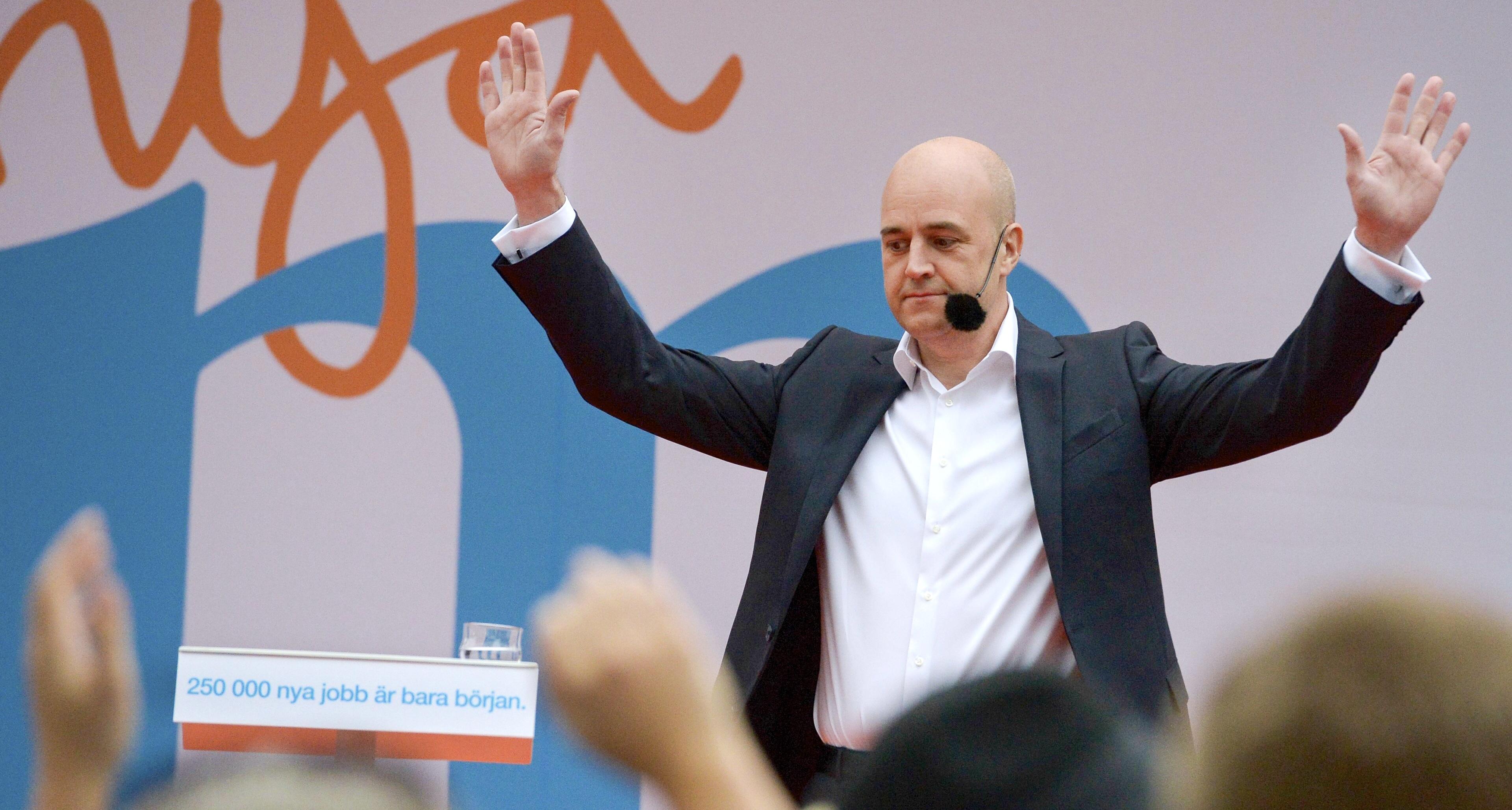 Moderaternas ledare Fredrik Reinfeldt pratade om politik i Almedalen. Foto: Janerik Henriksson/TT